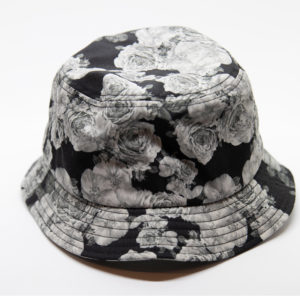 The Classics – Yupoong Roses Bucket Hat